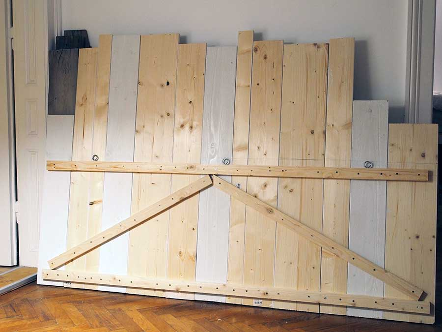 diy-betthaupt-holz-1